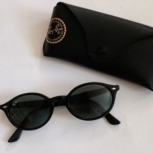 RAY BAN RB4315 BLACK brand new in box